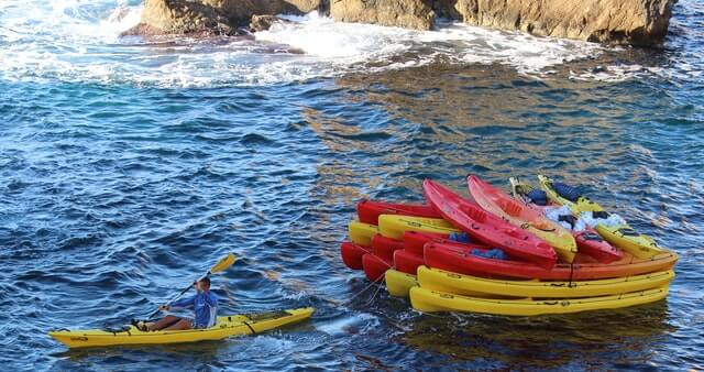 Tandem sea kayaks for 2 person
